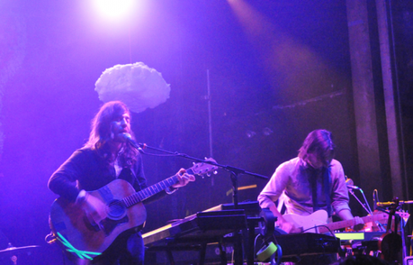 lives2 550x352 MATES OF STATE PLAYED WEBSTER HALL [PHOTOS]