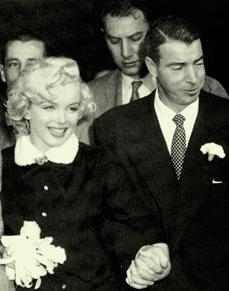 Marylin Monroe's Wedding Band up for Auction