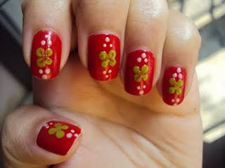 Four-Leaf Nail Art