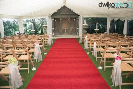 real wedding blog Parley Manor by Dwiko Arie (16)