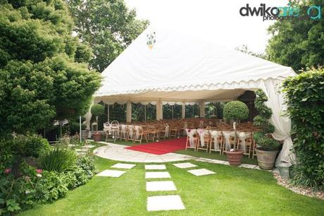 real wedding blog Parley Manor by Dwiko Arie (15)