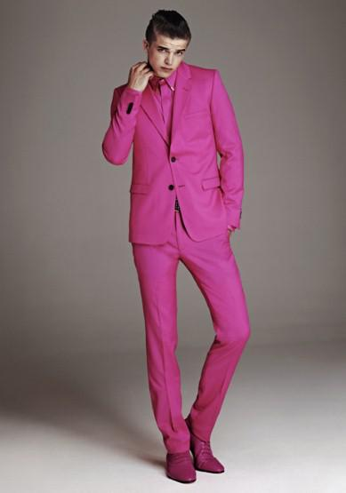 #Versace - Feeling pinkish Mens Tailored suite by Versace for this years H&M Guest designer campaign.