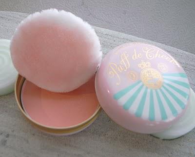Majolica Majorca Puff de Cheek Peach Macaron