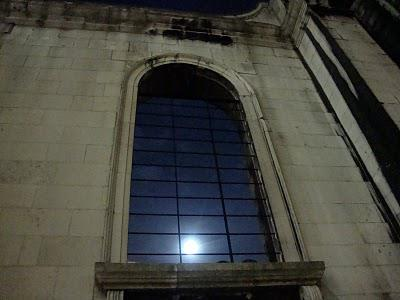 In and Around London... The Ghosts of the Old City Walk at Halloween