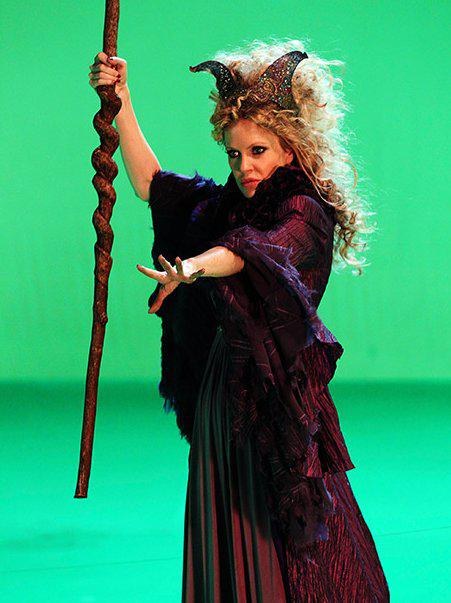 First Look at Kristin Bauer in 'Once Upon A Time' As Maleficent