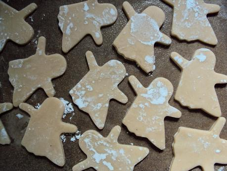 Super basic - and super delicious -- Halloween sugar cookies