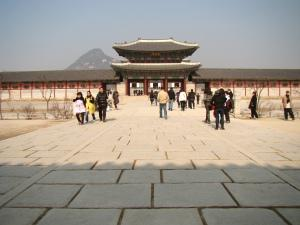Exploring the Age-Old Buildings of Gyeongbok Palace