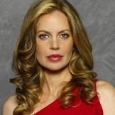 Kristin Bauer van Straten (vampire Pam)