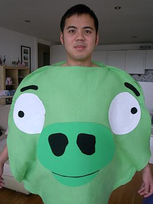 HELP! Please help me with ideas for a Halloween costume