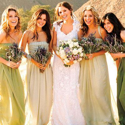 Rachel Bilson, green bridesmaids