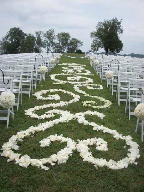 Country Wedding Is Elegant