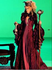 Kristin Bauer talks about being evil on 'Once Upon A Time'