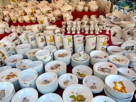 Auer Dult dish market