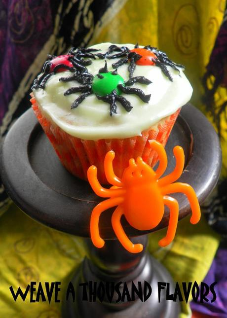 Spidery Cupcakes -03