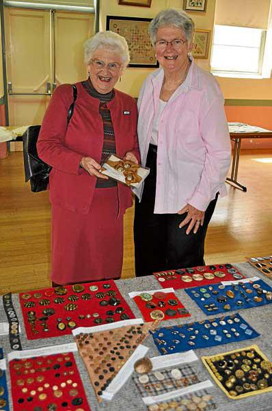 Buttons tell history of 'saucy' ladies - Local News - News - General - Cooma Monaro Express
