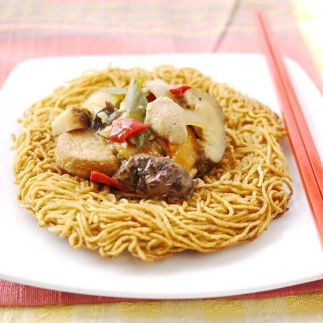 Chinese food: Lor Mai Gai and Ee foo Noodles