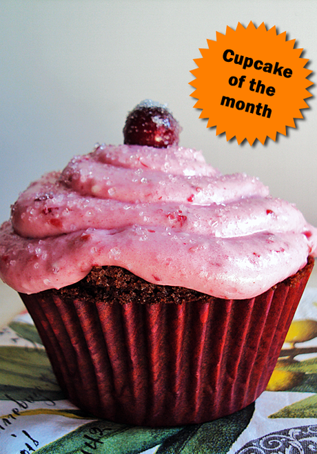 November cupcake: chocolate cake with cranberry cream cheese frosting