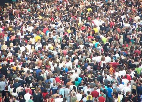 World Population Reaches 7 billion people