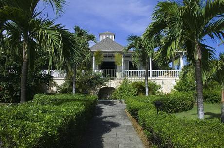 Luxury winter honeymoon offers