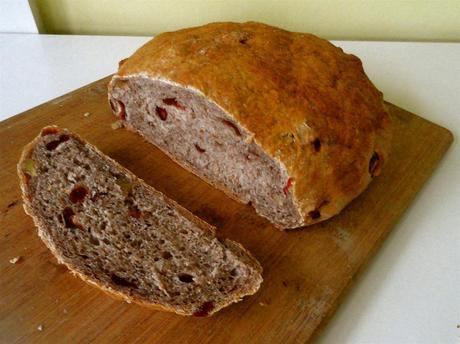 Cranberry Walnut Bread - Paperblog