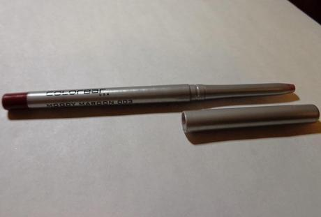 How to use a lip balm effectively and Review and Swatches: Colorbar Lip Pencil in Moody Maroon