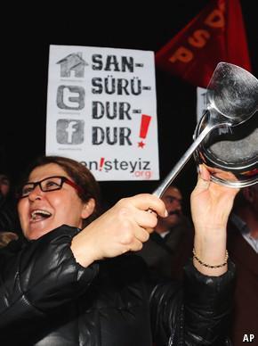 Censorship in Turkey: Web conspiracies