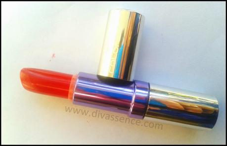 Colorbar Creme Touch Lipstick in Twilight Red: Review, Swatch, LOTD