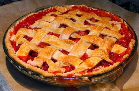 http://recipes.sandhira.com/strawberry-rhubarb-pie.html
