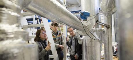SINTEF scientists have found that it could be more energy-efficient and cheaper than previously thought to capture CO2 by turning it into a liquid. CO2 captured in this way can be loaded directly on board ships before pipelines are ready to take over