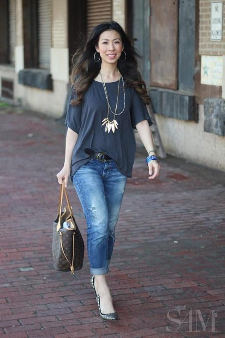style of sam, cabi tee, zara boyfriend jeans, rebecca minkoff feather necklace, isabel marant pour h&m heels, LV neverfull MM, hermes bangle, weekend ootd,