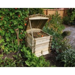 Competition: Win Gardening Tools and Composter