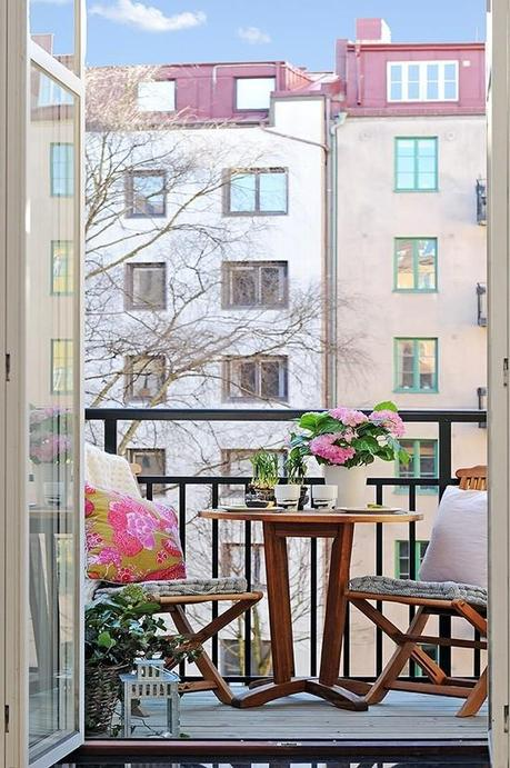 Design Inspiration Small Apartment Balconies Paperblog