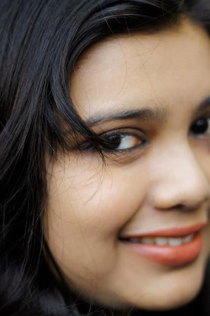 Lakme 9 to 5 Lipstick Red Chaos : Review and FOTD