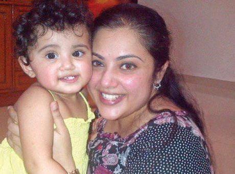 tamil actress meena with her daughter nainika04 Meenas Daughter Nainika