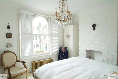 white-bedroom-light-locations
