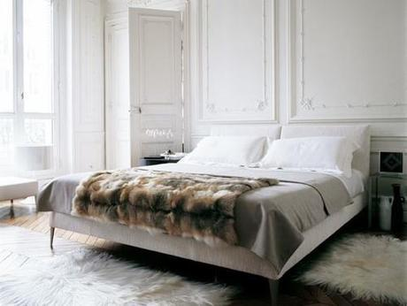 bedroom-with-fur