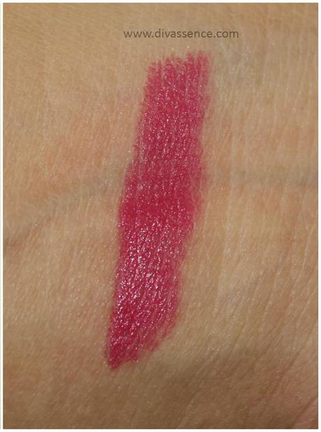 Avon Simply Pretty ColorLast Lipstick in Scarlet: Review, Swatches, LOTD