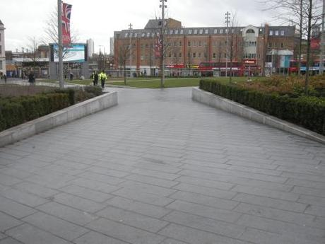 General Gordon Square, Woolwich - Pedestrian Ramp with Stepped Planter