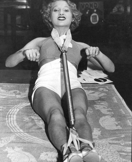 Unusual and Bizarre Beauty Devices From The Past