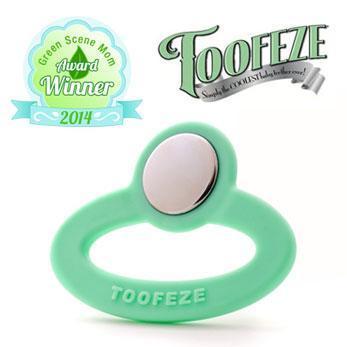 Toofeze Teether Green Scene Mom Award Winner
