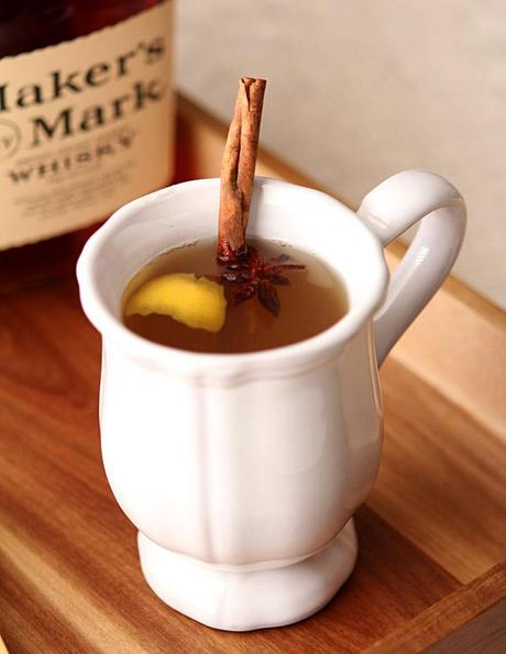 Hot Toddy with Brown Sugar, Honey and Lemon | creative-culinary.com