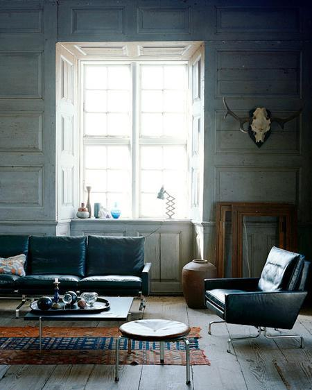 Portia De Rossi Fat: Montage: 26 Rooms With Black Leather Sofas
