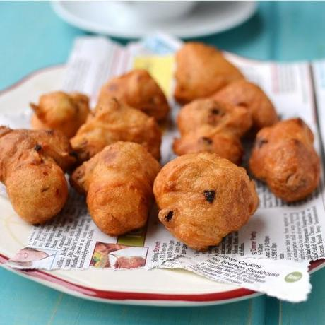 Instant Vada (using Urad dal flour)
