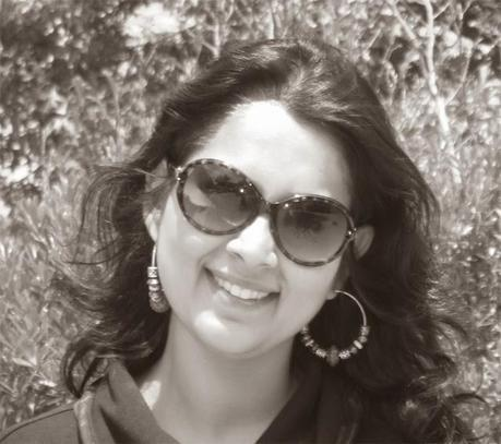 Author Interview: Minal Arora: A Past Life Therpist, Healer And Author of Maaya: A Tryst With Self