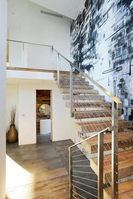 Artistic staircase Artful Display of Lines and Japanese Influences: Project 355 Mansfield in California