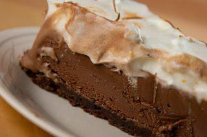 Mexican Chocolate Ice Cream Cake with Orange Meringue - Paperblog