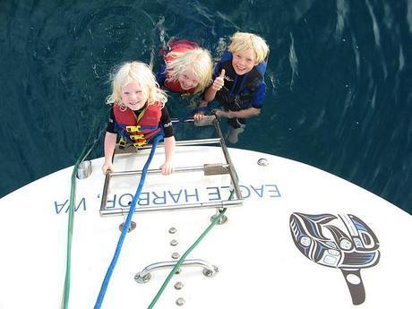 bobbing off the stern