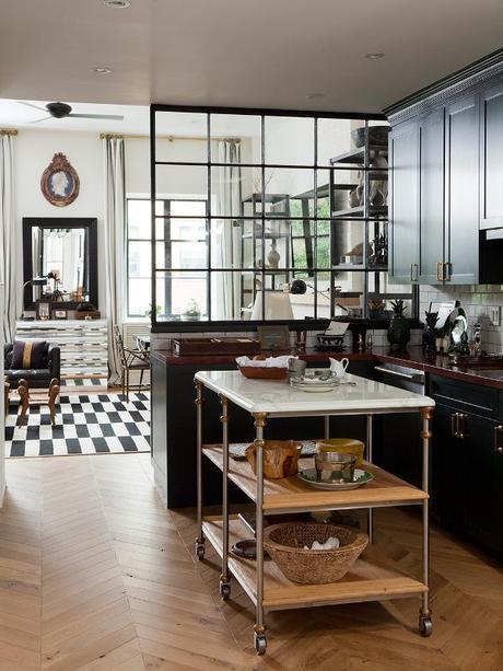 Rolling kitchen islands @Simone Design Blog