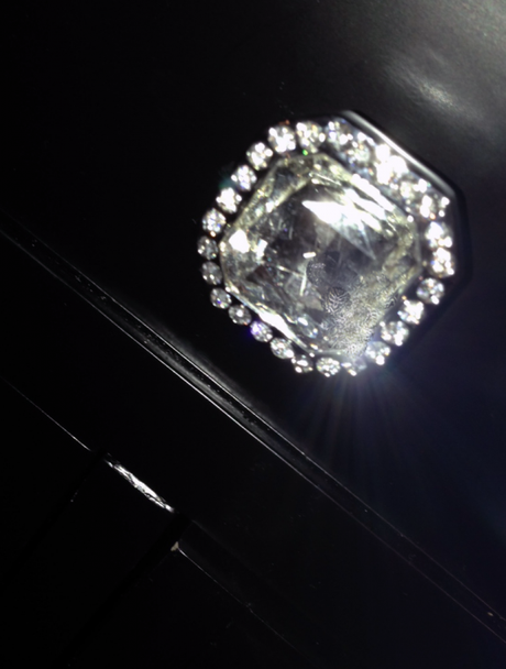 crystal-knob-detail