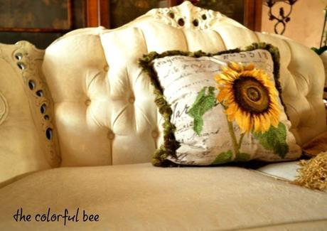old damask loveseat after Annie Sloan Chalk Painting